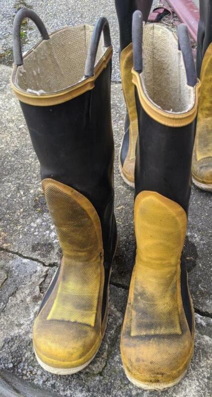 Black Diamond Fire Boots Size 7 Men/9 women Used EMS EMT ER Servus Morning Pride