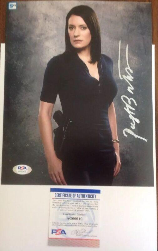 Paget Brewster Criminal Minds Hand SignedPSA/DNA Authenticated 8x10 Photo