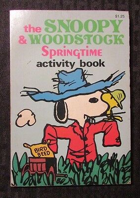 Springtime Activity - 1980 The SNOOPY & WOODSTOCK Springtime Activity Book FN- Paperback Unused