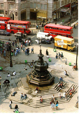 Piccadilly Circus London England, Monument, Doubledecker Buses- Postcard