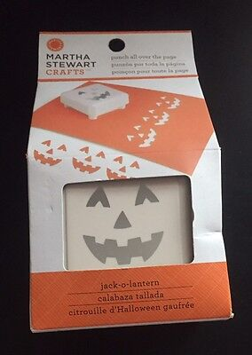 The Punch Halloween (Halloween Jack O' Lantern Paper Punch, Around the page New Martha)