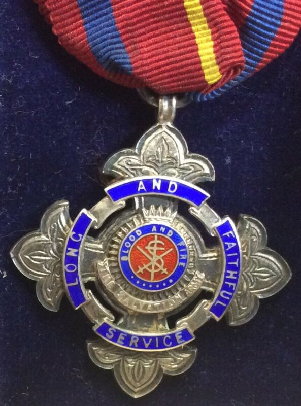 Vintage Sterling Cased Salvation Army Long And Faithful Service Engraved Medal