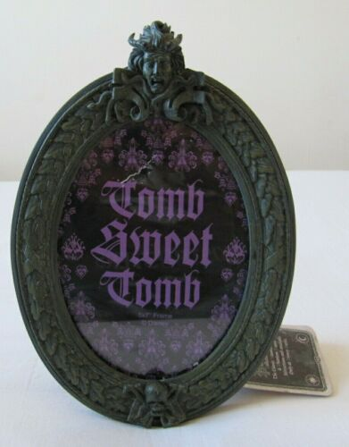 """DISNEY HAUNTED MANSION PICTURE PHOTO FRAME TOMB SWEET TOMB GOTH 5"""" X 7"""" C/W TAGS"""