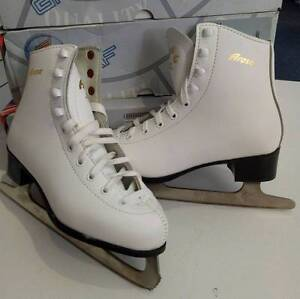 Graf Arosa Leather White Figure Ice Skates Size Aus 5 Morisset Lake Macquarie Area Preview