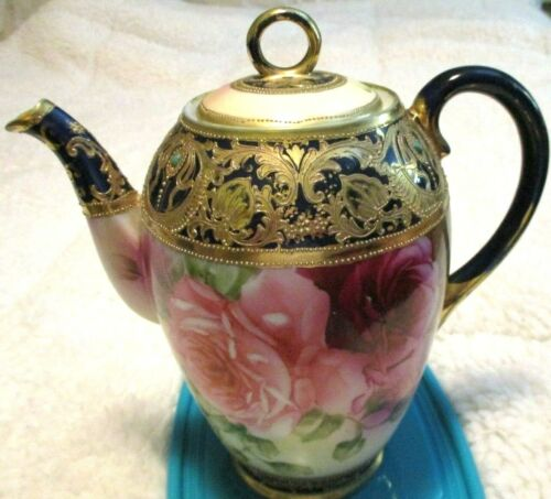 ANTIQUE NIPPON GOLD & JEWELED TEAPOT HAND PAINTED SO EXQUISITE!! PLEASE READ!