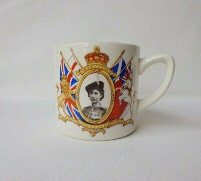 Vintage 1950s Queen Elizabeth II Coronation Mug / Cup 1953 Burlington Ware