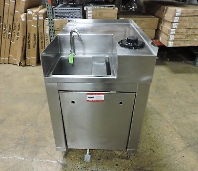 Elkay S.s.p. Commercial Stainless Steel Pedal Operated Hand Sink W Cup Holder