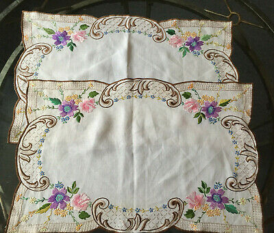 VINTAGE 2 X White Linen Floral Hand Embroidered Table Centre Placemats 15x22