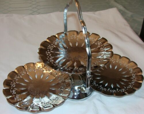 Used 3 Tier Folding Metal Server Tray Scalloped Buffet Dessert Clam Shell