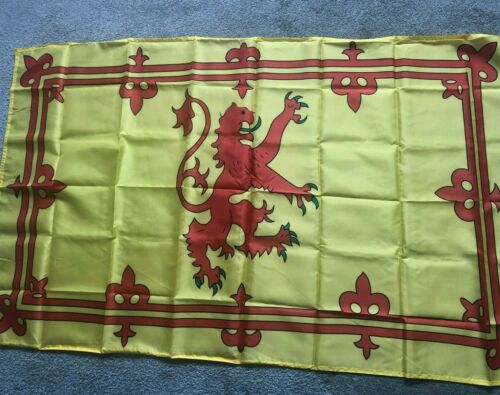 Lion rampant flag 60 x 90cm