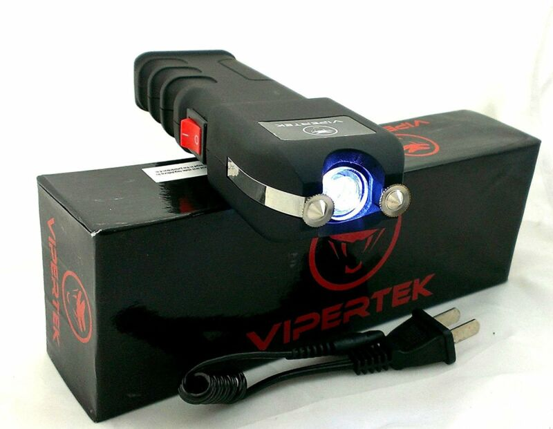 VIPERTEK 190 BILLION VOLT Rechargeable LED Light Stun Gun with Case