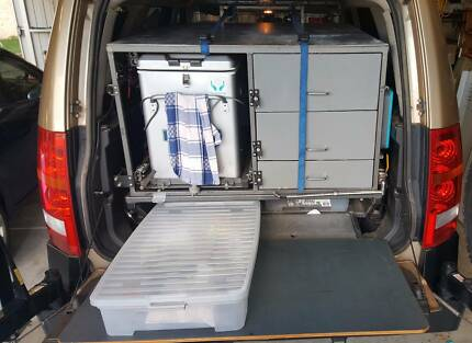 Discovery 3 Rear Storage System