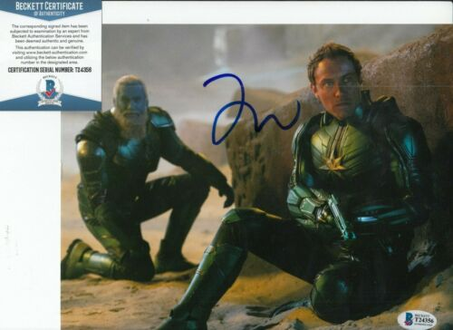 JUDE LAW signed (CAPTAIN MARVEL) Movie 8X10 photo *Yon-Rogg* BAS BECKETT #1