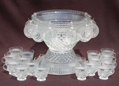 WEXFORD Anchor Hocking - PUNCH BOWL, 24 Cups & Underplate - Diamond Quilted