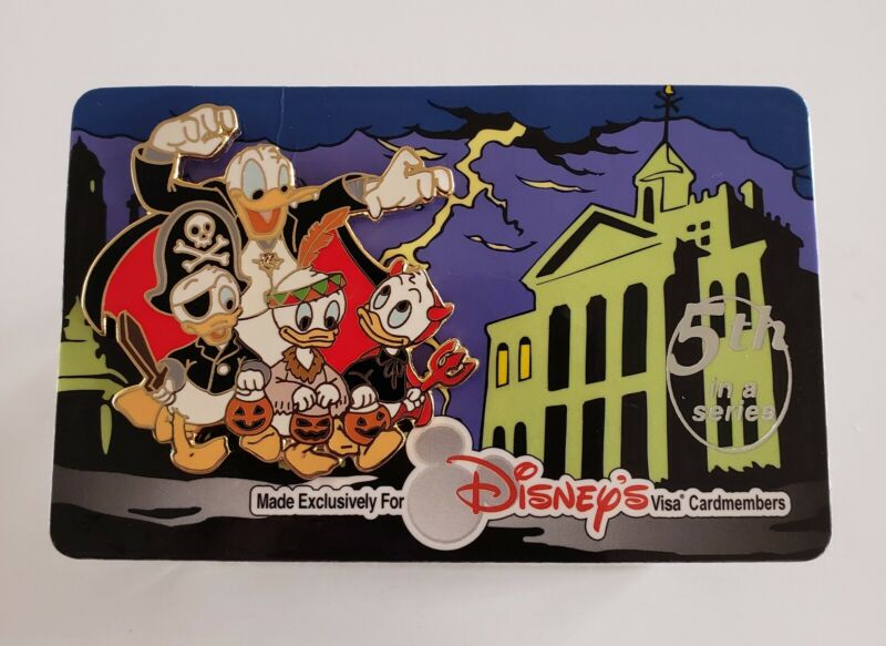 DISNEY VISA CARDMEMBER EXCL DONALD & NEPHEWS TRICKY TREATERS PIN-FREE SHIPPING!