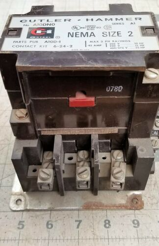Cutler Hammer Size 2 Contactor A10DNO 120 Vac Coil TESTED WORKING PULL [Z3S5#8