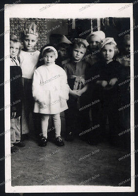 Vintage Photo-Young-cute-Girl-mädchen-Teen-littel nun-Nonne-Girls/boy-1940 ()