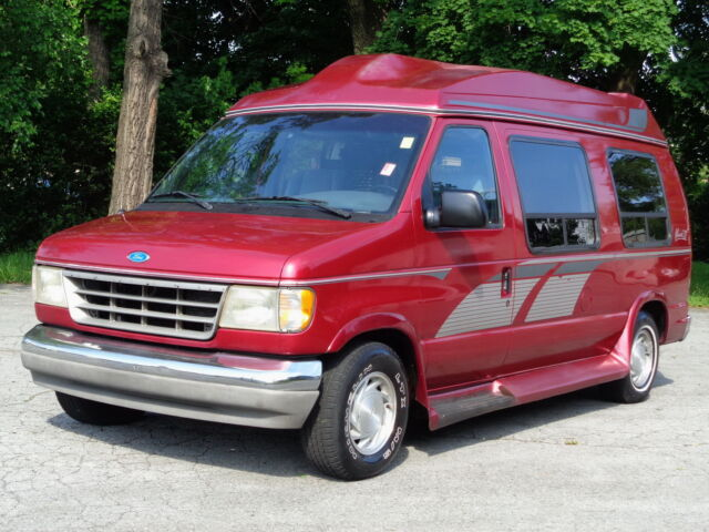 Image 1 of Ford: E-Series Van E150…
