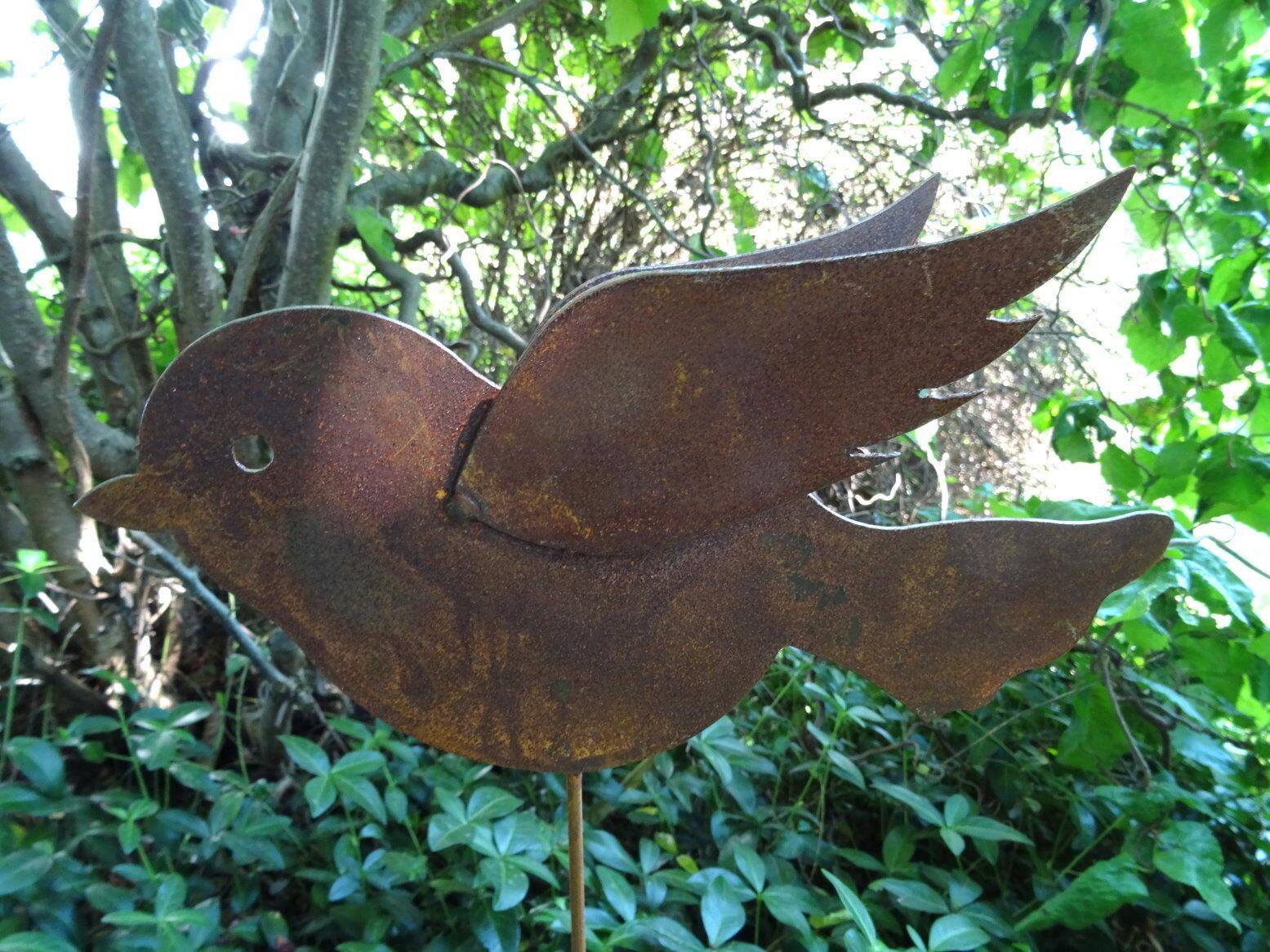 Gartenstecker vogel aus metall mit 2 fl geln rost - Bistrotisch mit 2 stuhlen metall ...