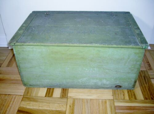 Granite State Dovetail Storage Box Large Primitive Painted Vintage