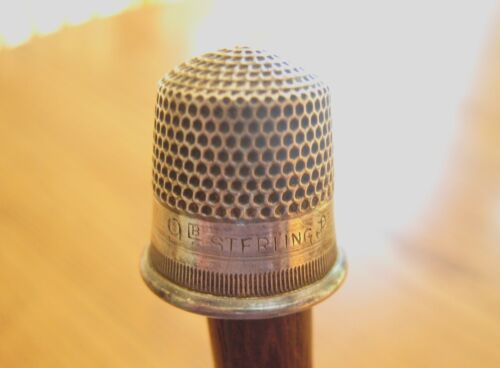 Antique STERN BROTHERS STERLING SILVER THIMBLE SZ 9 Fouled Anchor Circa 1900