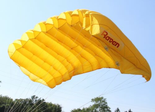 MicroRaven 120 sq ft skydiving parachute reserve canopy - excellent shape yellow