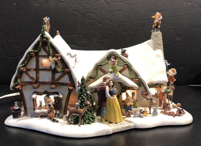 Danbury Mint Disney Snow White & Seven Dwarfs Lighted Christmas Cottage Statue