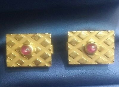 Vintage 14k  Solid Yellow Gold Genuine Star Ruby Cabochon Cufflinks For Men