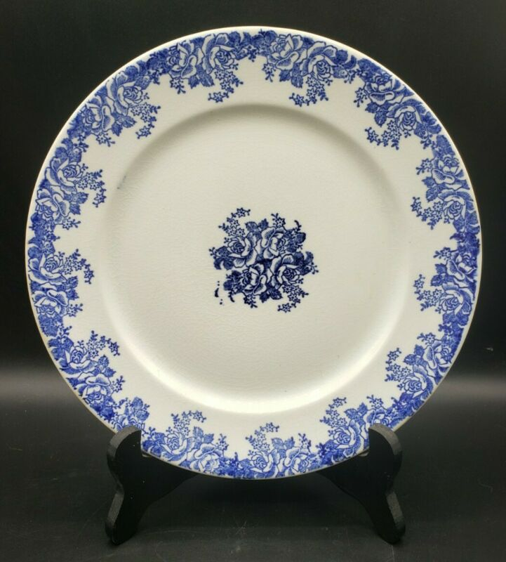 """Vintage Blue and White Roses China Plate 9"""" Unmarked Nice Decor Piece"""