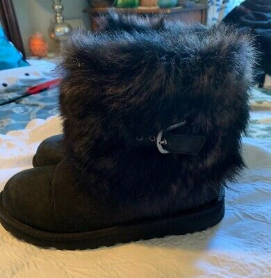 Girls Size 5 Black Fur Ugg Australia Suede Sheepskin Boots Great Condition