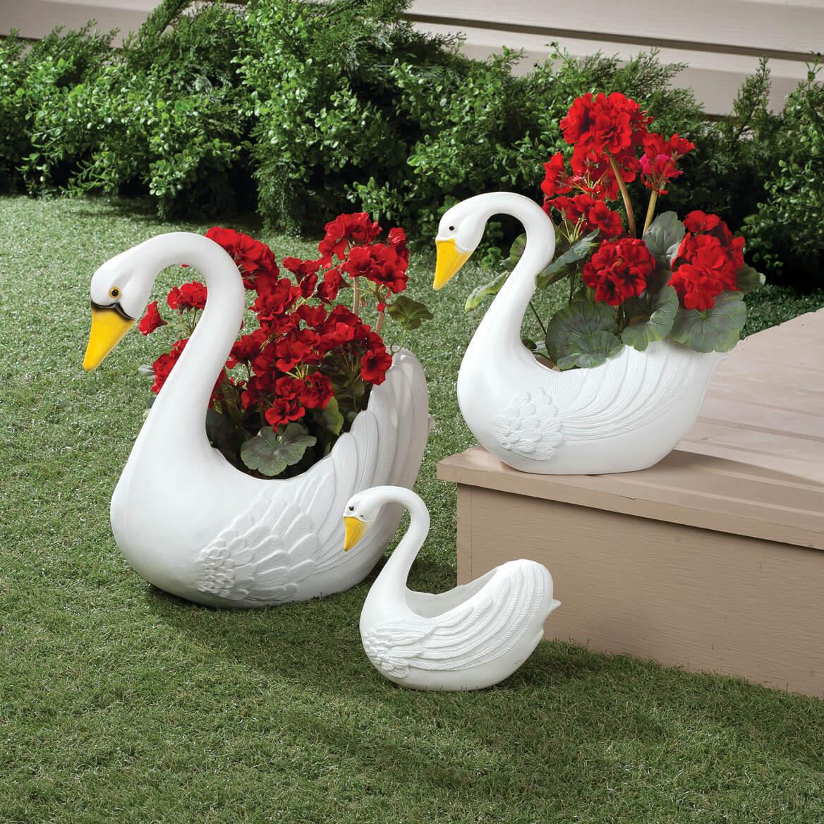 Лебедей из цветов купить на украине, сделать букет