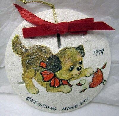 VINTAGE SAND DOLLAR CHRISTMAS ORNAMENT PUPPY DOG HANDMADE DECOUPAGE FOLK CRAFT ()