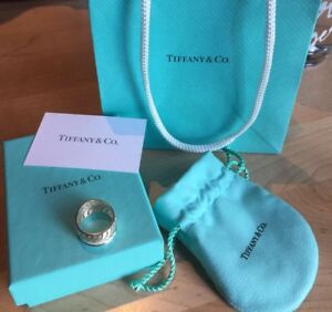 Tiffany and Co Ring size :6 for sale