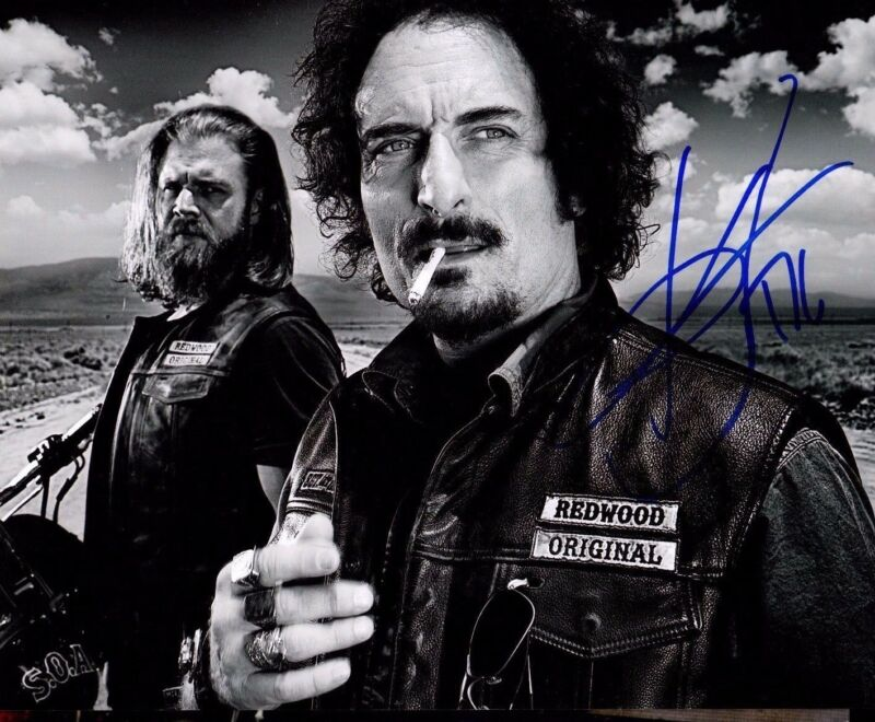 GFA Sons of Anarchy Tig * KIM COATES * Signed 8x10 Photo EJ5 COA