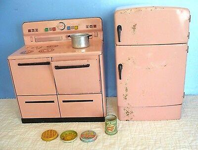 Vintage WOLVERINE (1950's) Retro PINK Metal KITCHEN STOVE & REFRIGERATOR Toy