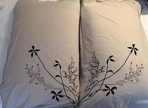 Ergoflex memory foam pillows with attractive pillowcases Albert Park Port Phillip Preview