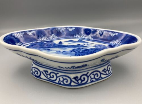 Vtg. Chinese Export Canton Style Handpainted Blue & White Porcelain Footed Dish