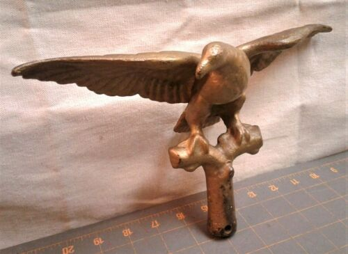 Antique Cast Iron Figural EAGLE Finial Flag Pole Topper Old Gold Paint