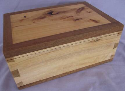 JEWELLERY BOX OF VARIOUS TIMBERS Middle Ridge Toowoomba City Preview