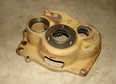 L33055 John Deere 2750 2950 2150 2350 2940 2550 Transmission Bearing Housing