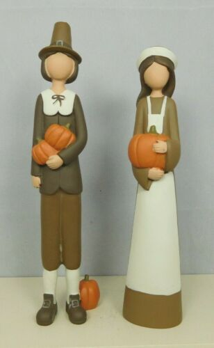 Slender set of Pilgrim couple with pumpkins - New by Blossom Bucket #12647