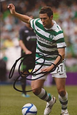 CELTIC: DARYL MURPHY SIGNED 6x4 ACTION PHOTO+COA