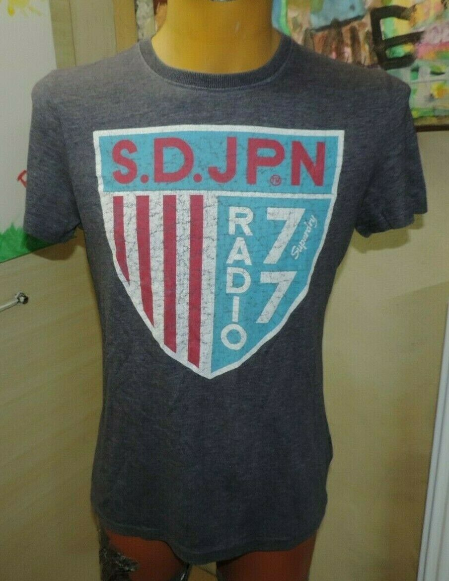 Tee shirt superdry  taille m