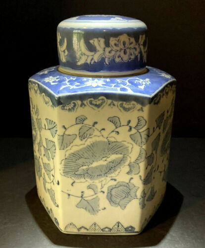 Vintage Chinese Blue and White Floral Hexagonal Covered Tea Caddy Canister
