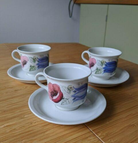 "Set of 3 ARABIA Finland Esteri Tomula ""Valmu Vallmo"" Coffee Cups and Saucers"