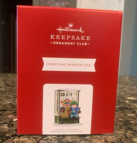 2021 Hallmark Christmas Window KOC Ornament Club Exclusive