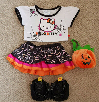 Build A Bear Hello Kitty Halloween Trick or Treat Set with fast Uk shipping