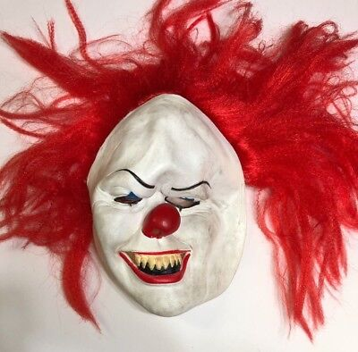 Scary Clown Teeth (Scary Pennywise Clown Red Hair & Teeth Rubber Face Strap Mask Child / Adult)