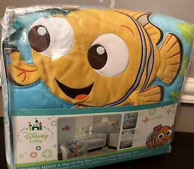 Disney baby Finding Nemo 3 Piece Crib Bedding Set Comforter New Fitted Sheet
