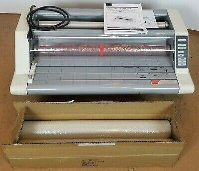 Gbc Heatseal Ultima 65 Thermal Laminator W Free Rolls Of Laminate Free Freight